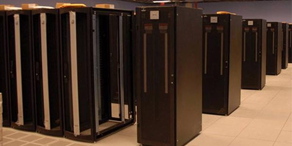 19英寸服务器机柜